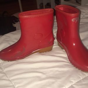 Shoes - Red rain boots